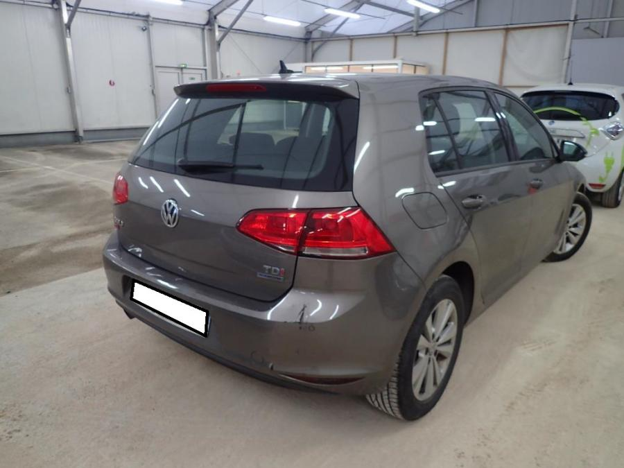 volkswagen-golf-01-2013-2.jpeg